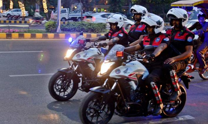 Dolphin Force plays important role in curbing street crimes in city; nets 11 criminals