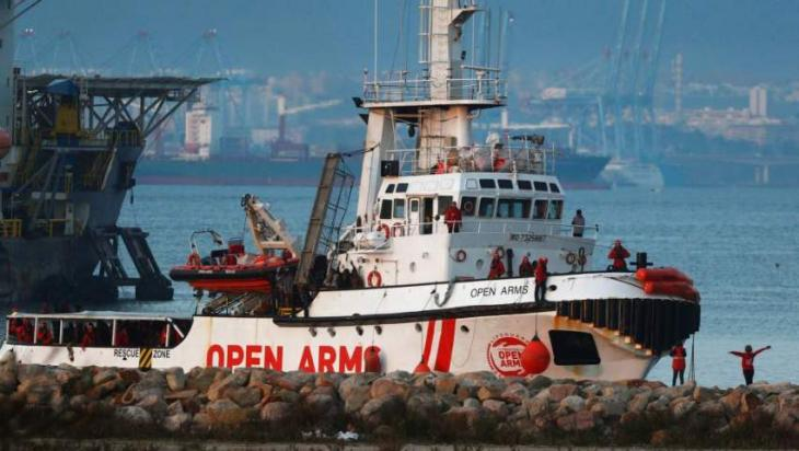 Spain allows migrant rescue boat Open Arms to leave port