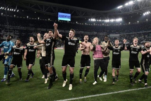 Ajax's young stars take European farewell tour to next stop