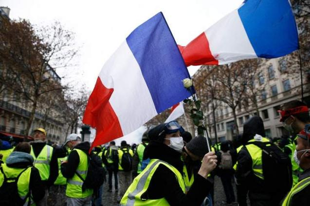 Yellow Vest Protesters Gear Up for New Paris Rallies After Notre Dame Fire - Activist