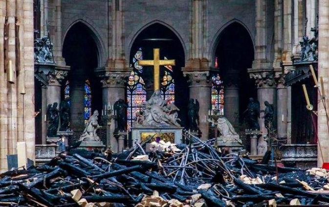 UPDATE - France Pledges to Inform US of Help Needed to Rebuild Notre-Dame Cathedral - Pompeo