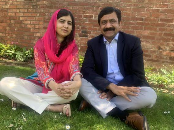 Malala Yousafzai wishes father on birthday