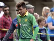 Amir makes World Cup debut as West Indies send Pakistan into bat