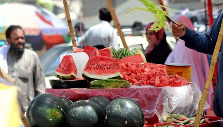 'Watermelon' start attracting customers as temperature soaring