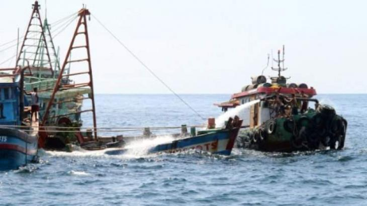 Indonesia to sink scores of boats to deter illegal fishing