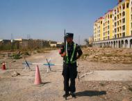 Fake tourists and car crashes: How China blocks reporters in Xinj ..