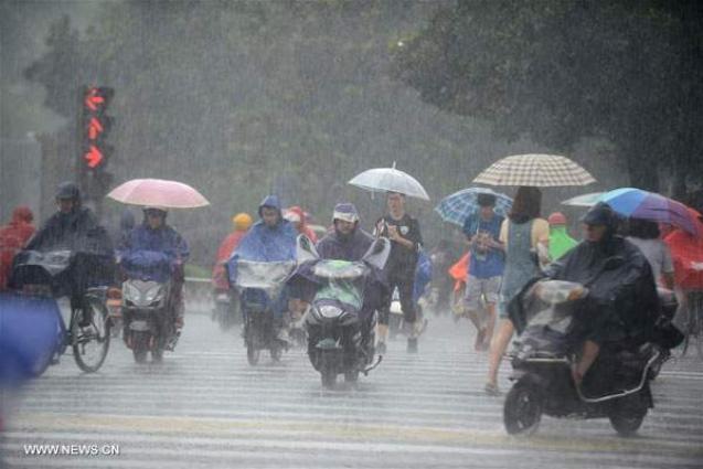 China renews blue alert for rainstorm