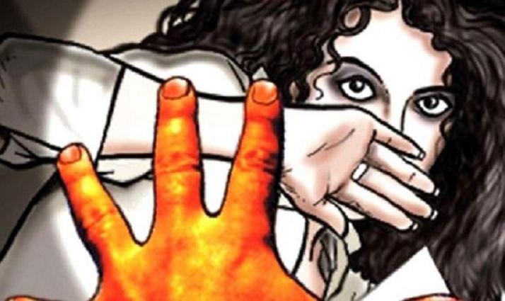 القبض علي السائق الباکستاني بتھمة ھتک عرض الفتاة في دبي