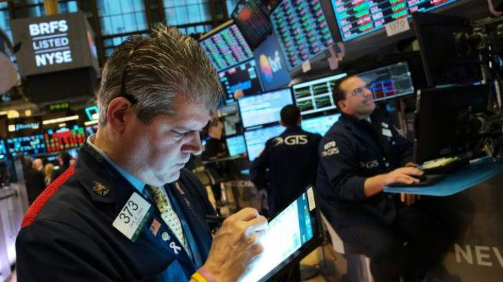 US stocks near flat amid ongoing trade uncertainty