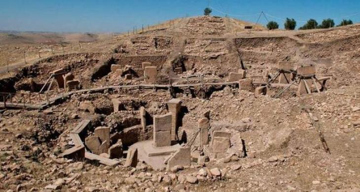 World's oldest temple attracts record visitors