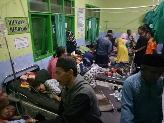 17 dead after motorboat sinks in bad weather in Indonesia