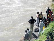 12 dead as jeep plunged into River Indus