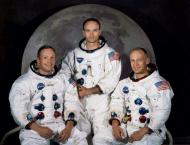 Fifty years after Moon mission, Apollo astronauts meet at histori ..