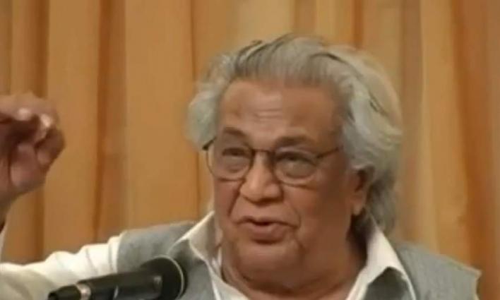 DG Radio Pakistan grieved over demise of Himayat Ali