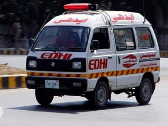 Man dies, two injure in two vehicles collision in Kharan