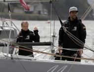 Rough seas delay Greta Thunberg's arrival in New York