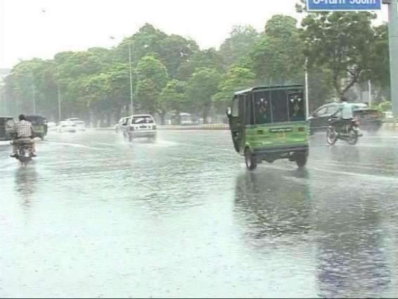 Sialkot city receives heavy showers