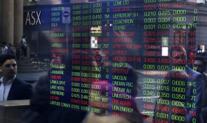 Asia stocks slump on recession fears
