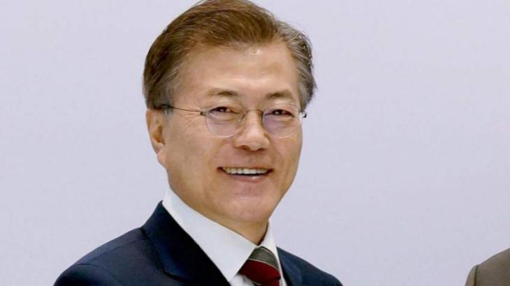 South Korea's Moon offers olive branch to Japan