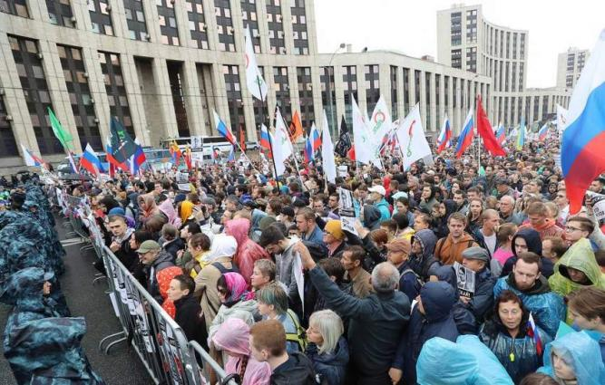 Over 60,000 Donbas Residents Have Applied for Russian Citizenship - Interior Ministry
