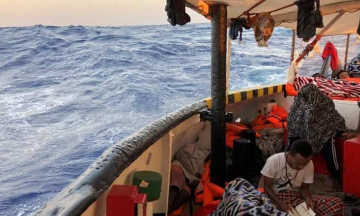 Six EU countries ready to take migrants aboard rescue ship: Italy