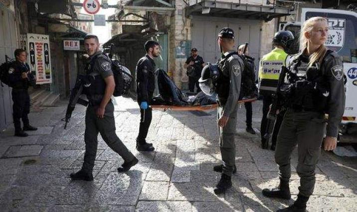 Israeli Police Shoot 2 Knifemen After Attack on Officer in Jerusalem