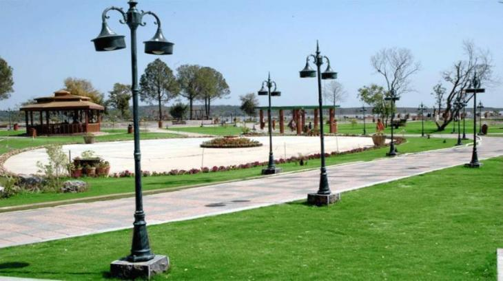 2017: 4 in 5 Pakistanis claim not having a recreational park near their house; a 3% increase since 2009