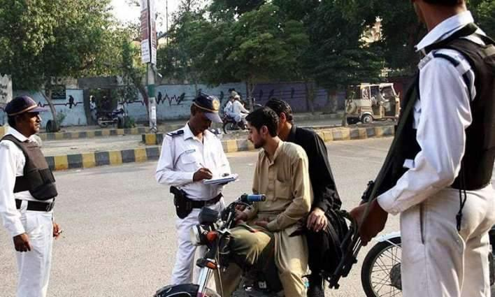 Traffic Police Karachi Campaign: 4896 drivers, riders challaned on Friday