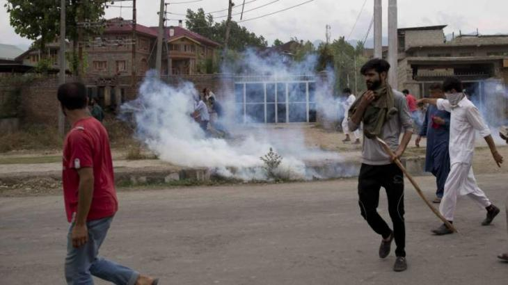 Indian forces fire tear gas at protesters in Occupied Kashmir