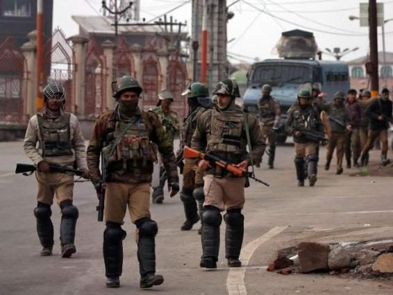 Indian CRPF officer commits suicide in IOK