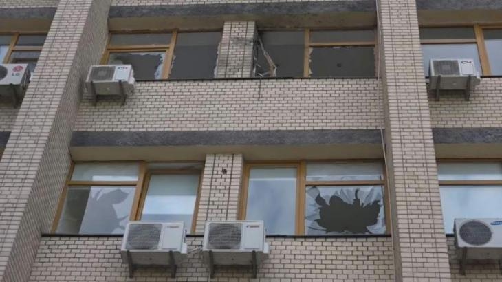 Grenade Attack Hits Kiev Office Building - UrduPoint