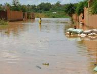 Niamey residents flee after the worst floods in 50 years