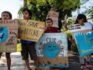 Schoolchildren hit streets in vast global climate strike