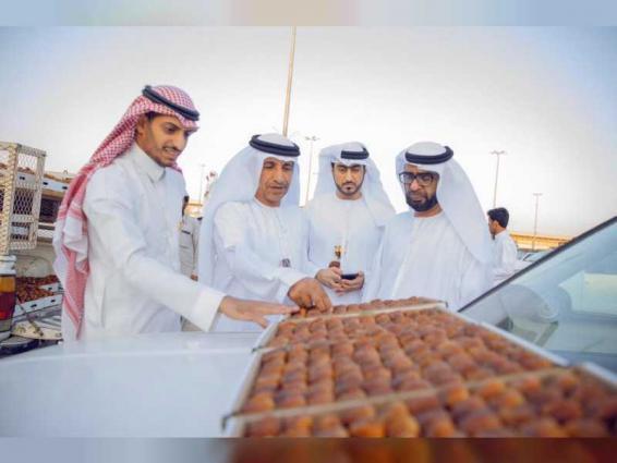 غرفة الشارقة تطلع على أفضل الممارسات المطبقة في مهرجانات التمور السعودية