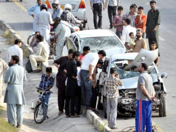Eight injured in road accident in Islamabad