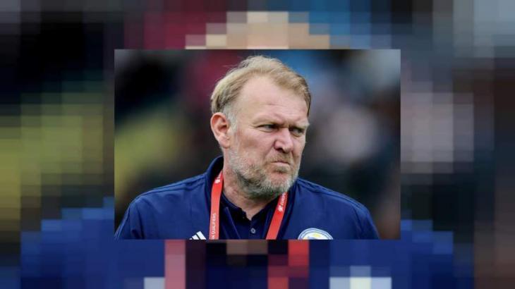 Prosinecki stays as Bosnia coach