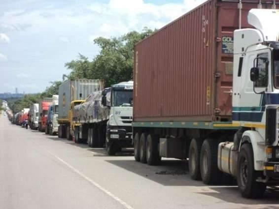 Services trade deficit contracts over 29.34%