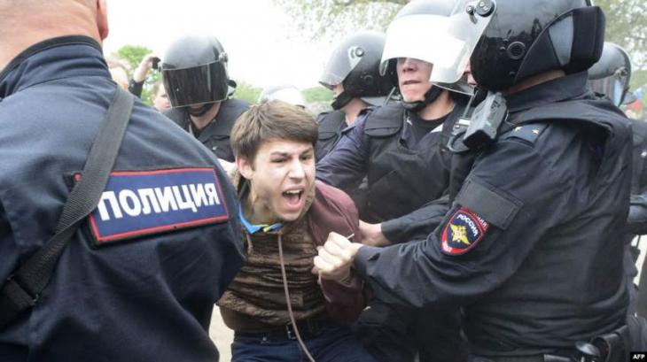 Russian Court Rules Participant in Moscow Unauthorized Rally Guilty of Attacking Officer