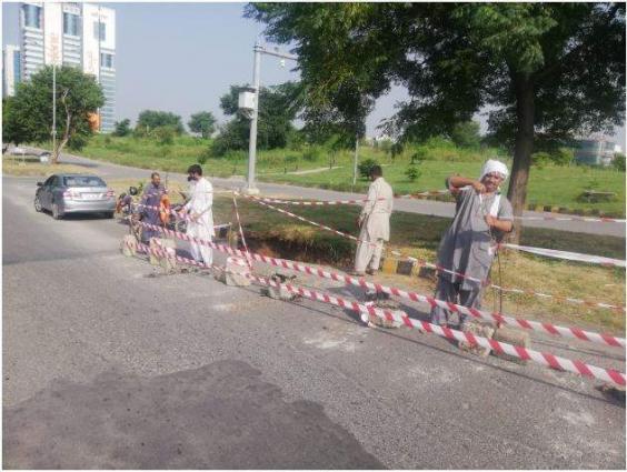 Repair, maintenance work of roads continue in Lahore