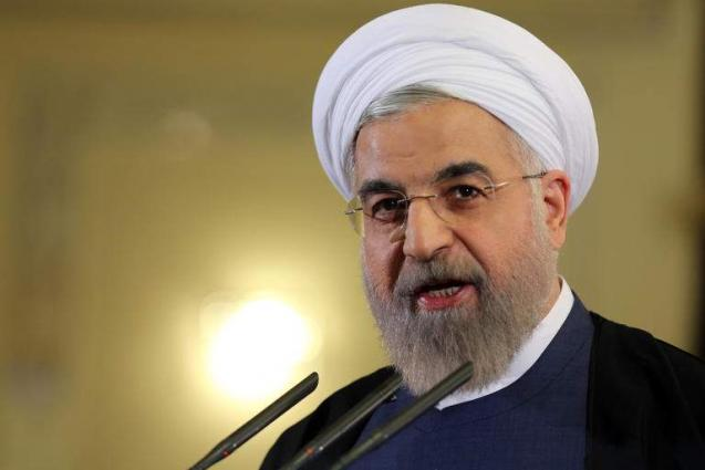 Rouhani Says Iran, Russia to Continue Moving Away From Using SWIFT, US Dollar in Trade