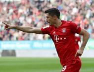 Bayern slip up again as Augsburg grab last-gasp leveller