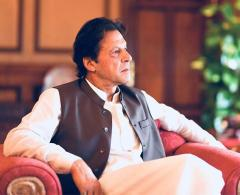 Former federal secretary Younas Dagha calls on Prime Minister Imran Khan