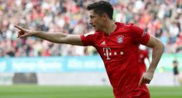 Bayern slip up again as Augsburg grab last-gasp leveller
