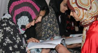 Training of Afghan refugee teachers completed