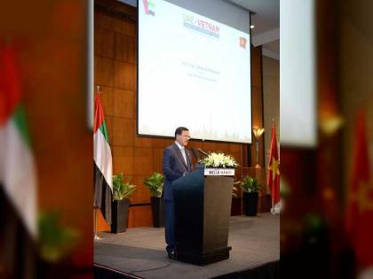 الملتقى الإماراتي الفيتنامي للتجارة والاستثمار يستعرض فرص الشراكة بين مجتمعي الأعمال
