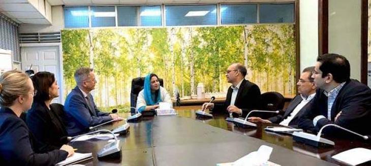 الموض السامي الآسترالي لدي اسلام آباد یلتقي وزیرة الدولة لتغیر المناخ زرتاج جل