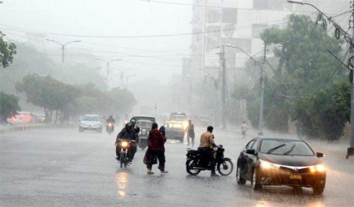 Thunder- rain likely in Karachi