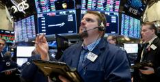 US stocks lose ground but Boeing news provides boost