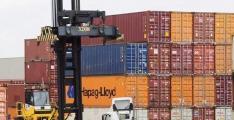 Merchandise trade deficit shrinks 33.52% in 4 months