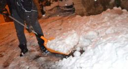 Heavy snow leaves one dead, 300,000 homes without power in France